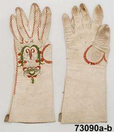 Handskar  Produktion 1800 - 1810 ca Brukningsort: Sverige (SE)  Östergötland  Ydre hd  Norra Vi Identifier NM.0073090A-B Nordiska museet
