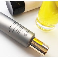 How do you know when it's time to replace your makeup and skin care products? Visit www.bit.ly/beautyshelflife to check out our guide.