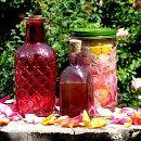 Remedios caseros: elabora tu propia agua de rosas ecoagricultor.com