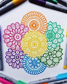Best Picture For mandala drawing bohemian For Your TasteYou are looking for something, and it is going to t Easy Mandala Drawing, Mandala Doodle, Mandala Art Lesson, Doodle Art Drawing, Mandala Artwork, Zentangle Drawings, Pencil Art Drawings, Cool Art Drawings, Art Drawings Sketches