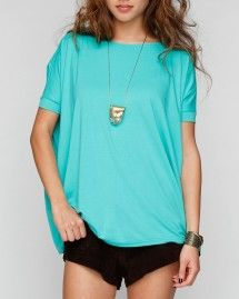 <3 this oversized T
