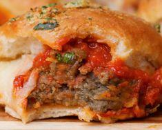 MyFridgeFood - Really Really Good Meatball Sliders Meatball Sliders, Meatball Bake, Meatball Recipes, Italian Sausage Meatballs, Best Meatballs, Sausage Sandwiches, Mini Sandwiches, Italian Recipes, New Recipes