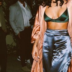 Jhene Aiko in an all silk outfit with a body chain to top it off.   <3 @benitathediva