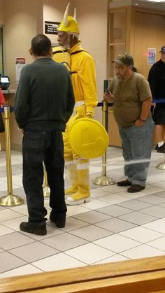 fashion fauxpas fails horrible funny 7 Its called fashion, you mightve heard of it (36 Photos)