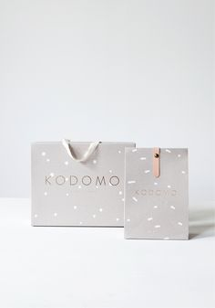 © Monk & Anna Kodomo / packaging of together sweater + super long scarf + packaging of knitted hat www.monkandanna.com