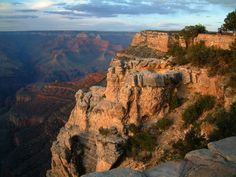 Information of six travel destinations across the Western United States, including: The Grand Canyon, Lake Powell, Zion National Monument, St. George Utah, Las Vegas, and Disneyland.