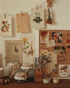 Room Ideas Bedroom, Bedroom Decor, Study Room Decor, Vintage Room, Bedroom Vintage, Aesthetic Room Decor, Aesthetic Indie, Aesthetic Vintage, Cozy Room