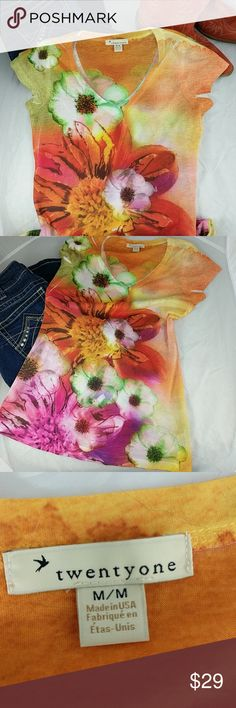 """Summer floral t-shirt M NWOT twenty-one floral t-shirt.  Made  in USA.  100% polyester.  Machine wash cold.  Tumble dry low.  25"""" top to bottom; 16"""" arm pit to arm pit. twentyone Tops Tees - Short Sleeve"""