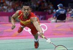 Gold Medalist Lin Dan at the London 2012 Games (AP Photo/Andres Leighton) London 2012 Game, Dan Lin, Olympic Badminton, Top Blogs, Cute Guys, Olympics, Athlete, Bodybuilding, Muscle