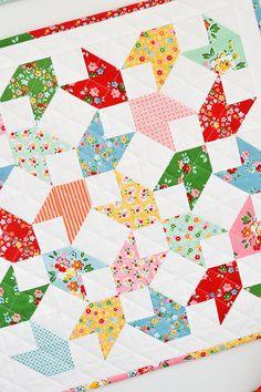 Down Grapevine Lane: 'Backyard Chicks' Mini Quilt