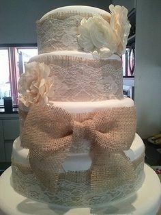 Decoração casamento - bolo cenografico rustico