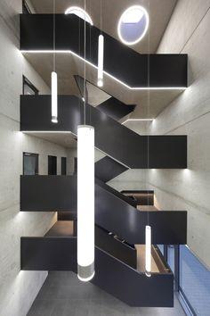 Office Building with Super Market | Wannenmacher-Möller Architekten; Photo: Csaba Mester | Archinect