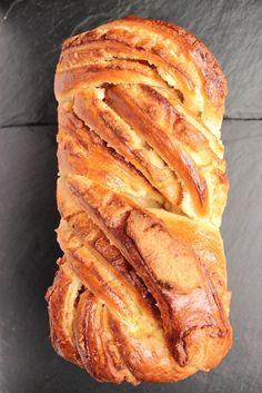 Brioche à la pâte d'amande et au miel - Honey and almond brioche