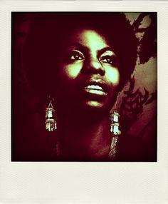Nina Simone - One of the legendary jazz musicians. Soul, too much soul. Nina Simone, Soul Jazz, Carolina Do Norte, North Carolina, Rock & Pop, Civil Rights Activists, We Are The World, Music Icon, George Harrison