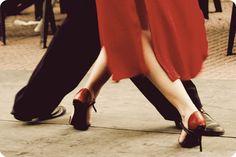 O Amor Entre as Cores: Com passos mudos eu caminho