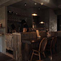 Bar Interior Design, Restaurant Interior Design, Cafe Interior, Modern Restaurant, Cafe Restaurant, Japanese Modern House, Japanese Bar, Cafe Bar, Cafe Shop