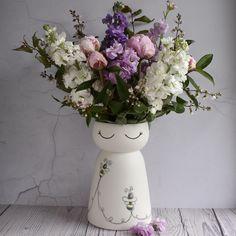 Bumble bee Vase