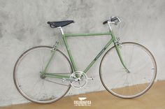 La voglia di vivere | #CICLOGRAFICA | #Bici #vintage #restaurate | #bike #bicycle #velo #bicicleta #vintage #oldstyle #retro #type #typography #design #green #battiato #music