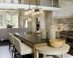 100+ Farmhouse Kitchen Design Ideas of Your Dreams at https://decorspace.net/100-farmhouse-kitchen-design-ideas-of-your-dreams/