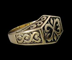 Solid Bronze Celtic Signet Ring - Free Re-Size/Shipping on Etsy, 84,45kr