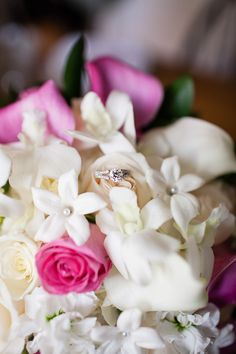 #wedding #photography #flowers #ring