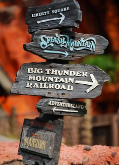 Unnoticed detail pointed out by Nick - The directional sign near Splash Mountain points you toward Gastley Mansion. 'Gastley' is crossed out, and 'Haunted' has been written in its place.