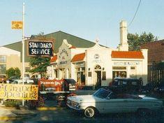 Vintage Gas Pumps, Standard Oil, Old Gas Stations, Filling Station, Oil And Gas, Indiana, Garage, Cottage, Crown