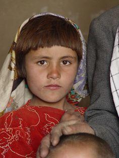 Picture taken in Afghanistan by Jozsef Marian / www.bibleinmylang... / Pray for Afghan people