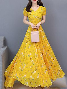 Sweet Heart Print Maxi Dress - Outfit of the day Maxi Dress Wedding, Chiffon Maxi Dress, Maxi Dress With Sleeves, Floral Maxi Dress, Short Sleeve Dresses, Dress Skirt, Chiffon Saree, Lace Maxi, Long Sleeve