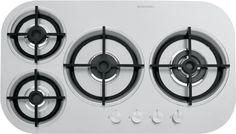• acciaio inox AISI 304 di spessore elevato • griglie e spartifiamma: ghisa • incasso – filotop (v. SCHEDA TECNICA) Potenze bruciatori: • 1 ausiliario: 1 kW • 1 semirapido: 1,75 kW • 1 rapido: 3 kW • 1 tripla corona: 3,3 kW