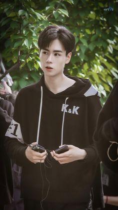 Korean Male Actors, Handsome Korean Actors, Asian Actors, Handsome Boys, Chinese Picture, Chinese Boy, Kdrama, China Movie, Chines Drama