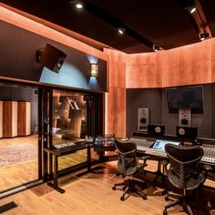 Main - STMPD Matisse & Sadko, Audio Post Production, Professional Engineer, Music Studios, Wall Of Fame, Sound Design, Recording Studio, Maine, Conference Room