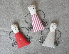 Anjel (Anjel ľan červený) / Suran - SAShE.sk - Handmade Dekorácie Christmas Stockings, Holiday Decor, Handmade, Home Decor, Homemade Home Decor, Hand Made, Craft, Decoration Home, Interior Decorating