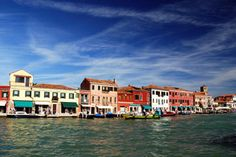 VENICE DAY 2: Tour of the outlying islands of Murano, Burano and Torcello via water taxi... Ahhh!