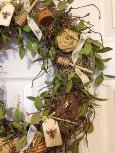 https://www.etsy.com/listing/182895967/handmade-honeybee-bee-wreath-free