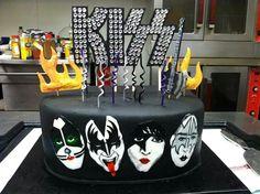 KISS cake!