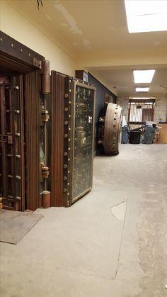 Home Security Devices, Safe Door, Safe Vault, Vault Doors, Deposit Box, Banks Vault, Secret Rooms, Old West, Bunker