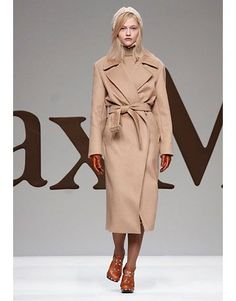 247 The perfect camel coat. Truly timeless. //Max Mara.