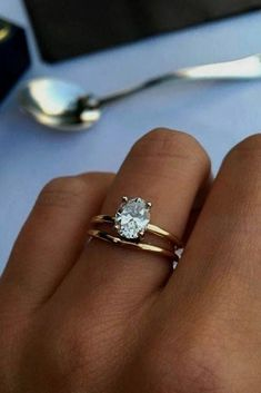 27 Simple Engagement Rings For Girls Who Love Classic Style 2019 Simple Engagement Rings For Girls Who Love Classic Style See more: www.weddingforwar The post 27 Simple Engagement Rings For Girls Who Love Classic Style 2019 appeared first on Jewelry Diy. Simple Engagement Rings Oval, Wedding Rings Simple, Beautiful Wedding Rings, Best Engagement Rings, Diamond Wedding Rings, Solitaire Diamond, Solitaire Rings, Bridal Rings, Classic Wedding Rings