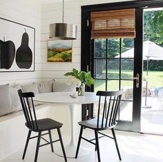 Kitchen dining nook with black French doors Kitchen Banquette, Banquette Seating, Dining Nook, Kitchen Nook, Kitchen Ideas, Home Design, Black French Doors, Black Doors, Deco Design