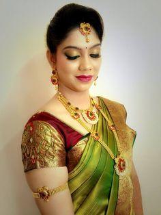 South Indian Bride, Indian Bridal, Beautiful Saree, Beautiful Bride, Indian Reception Outfit, Sari Blouse Designs, Kanchipuram Saree, Lehenga Saree, Elegant Saree