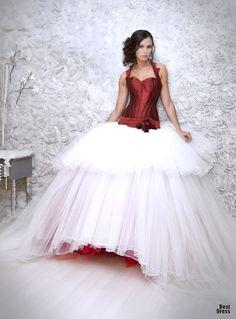 Moda en vestidos | La nueva colección de vestidos de Jordi Dalmau