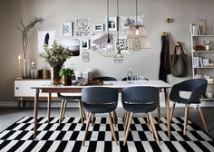 Acky chair Also like the way the pictures are just taped to the wall and general vibe of this dining room. Dining Area, Kitchen Dining, Dining Chairs, Dining Room Inspiration, Dinner Table, Decoration, Architecture Design, Living Room, Beautiful