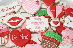 Valentine cookies by The Pink Mixing Bowl!