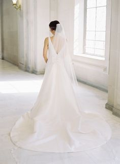 Gorgeous wedding dress: Photography: Meghan Mehan - https://meghanmehan.com/