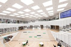 Une salle de lecture de la bibliothèque universitaire de Dalarna (Adept / Barabild)