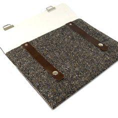 """10"""" Samsung Galaxy Tab 2 case - black and brown herringbone tweed. $75.00, via Etsy."""
