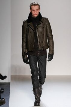 This one comes with black as well, which also looks as nice, but brown shades are more to my liking  belstaff-milan-fashion-week-fall-2013-27.jpg