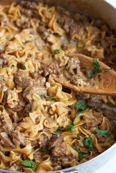 Quick, easy and delicious One Pot Beef Stroganoff!! Perfect for a weeknight meal and will have your family asking for seconds!
