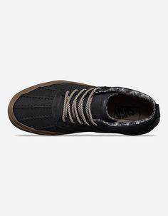 51314e6d7a65 Лучших изображений доски «мужская обувь»  157   Slippers, Casual ...